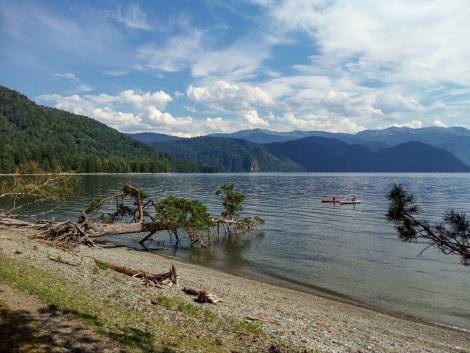 Οικισμός Γιάιλιου στην λίμνη Τελέτσκογιε